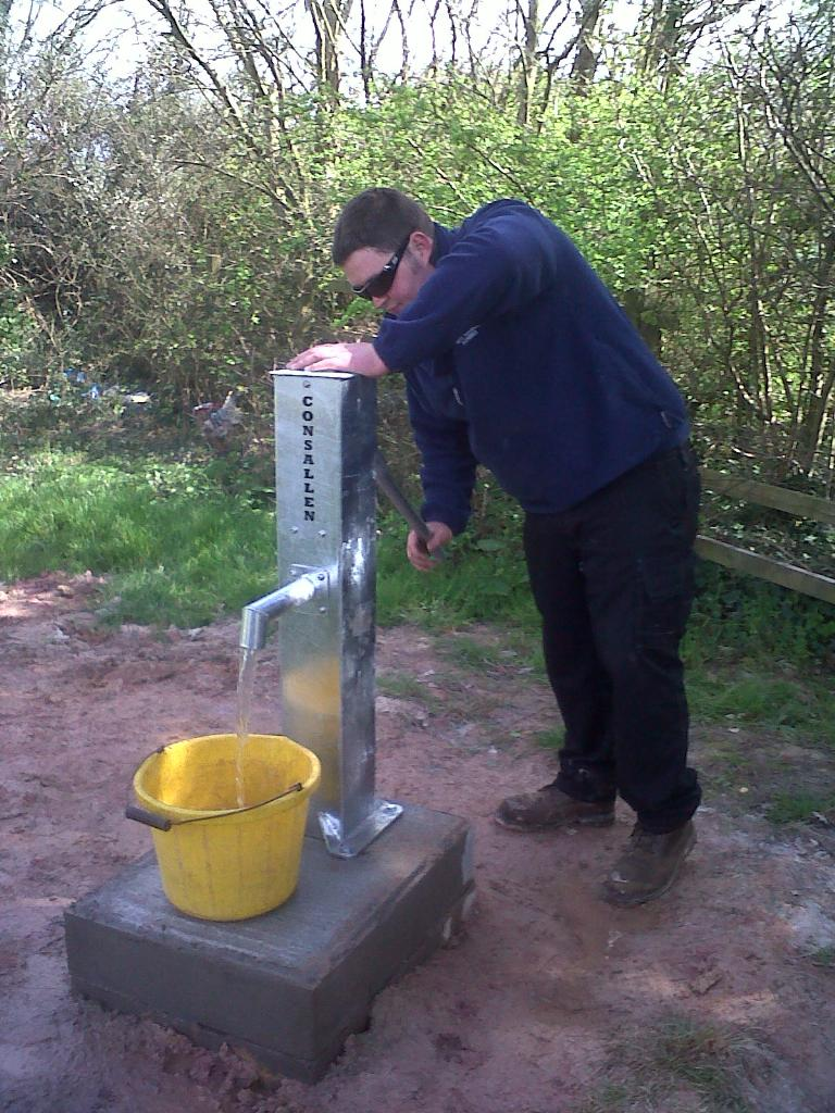 Hand Operated Deep Well Water Borehole Pump in Action